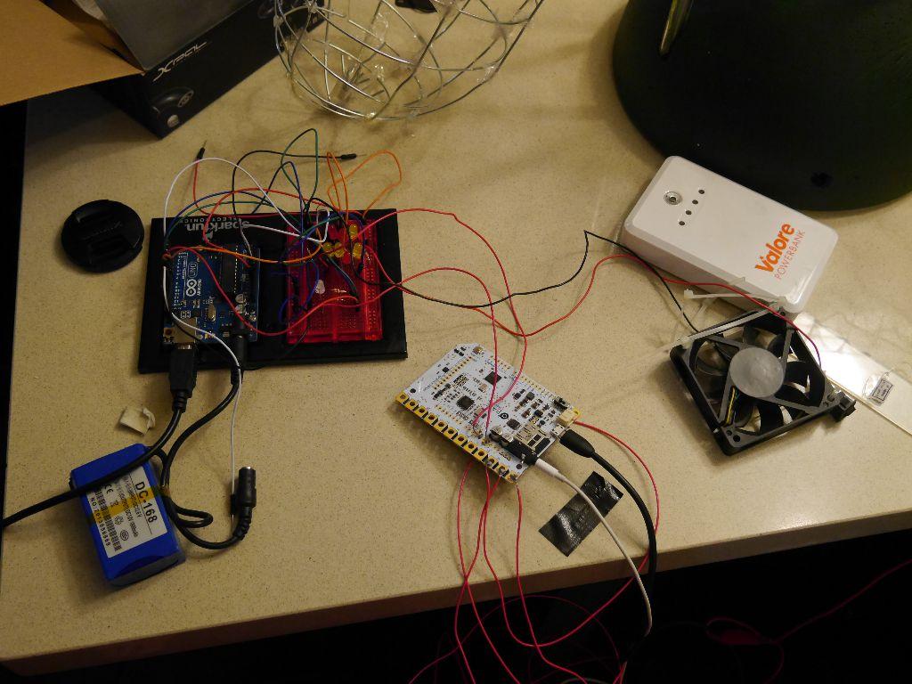 Electronics rat's nest (servo not shown)