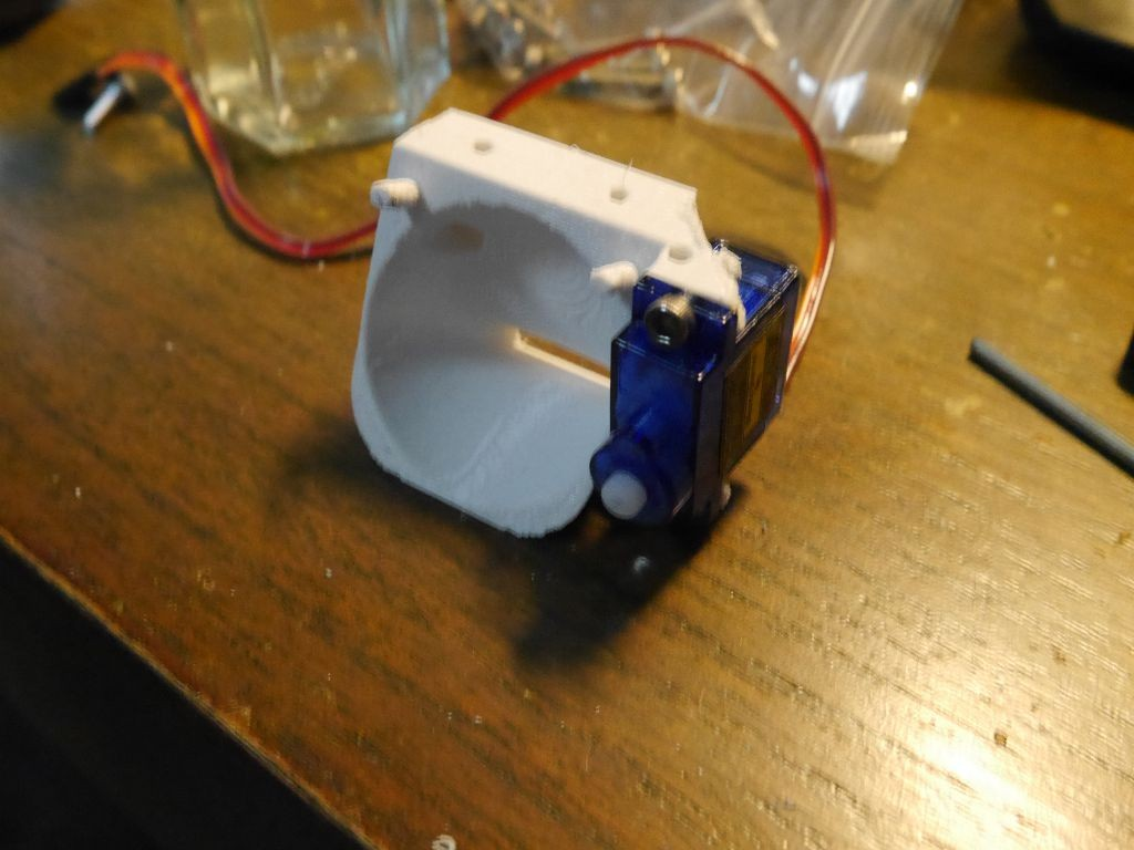 Fan mount with servo attached